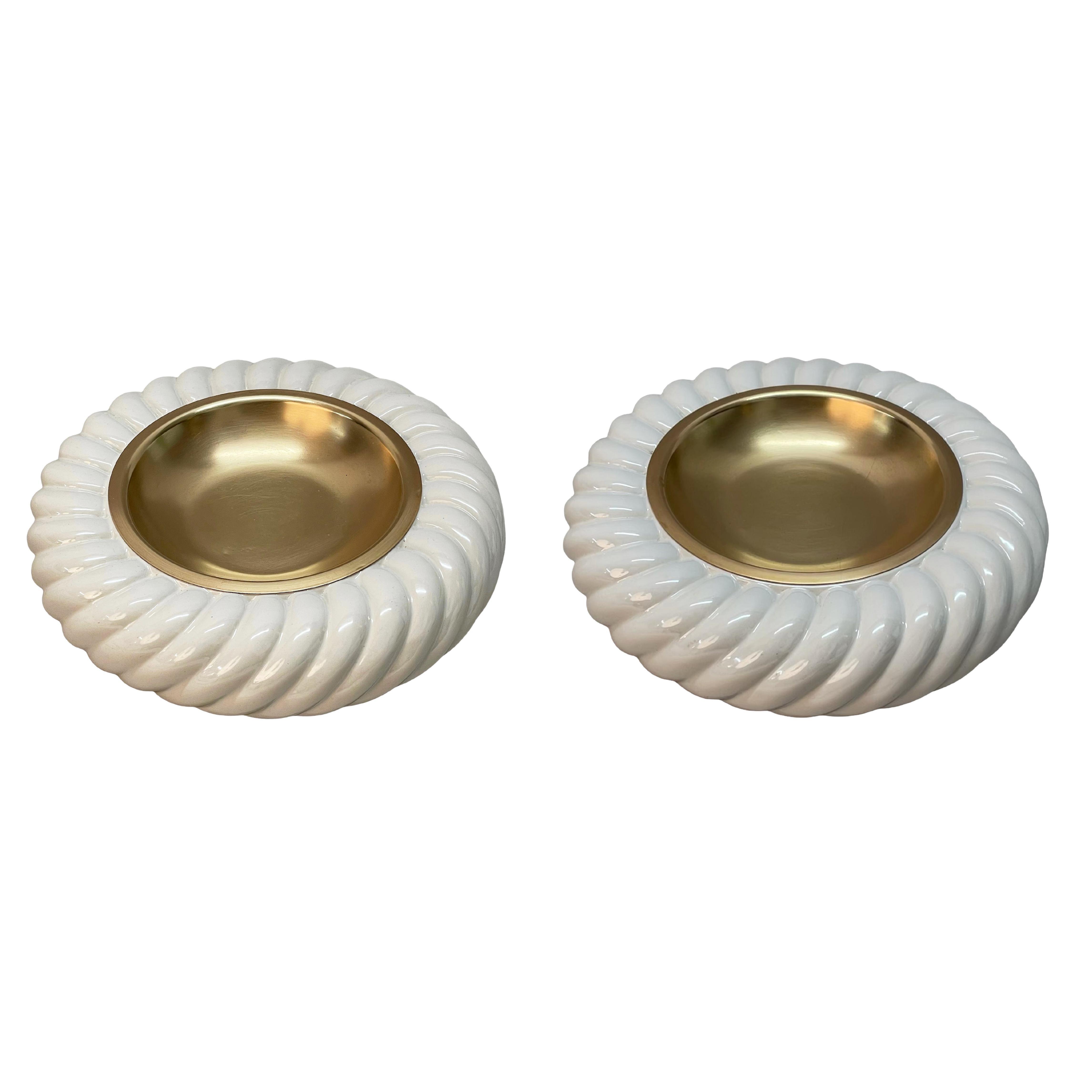 Pair of Tommaso Barbi Midcentury White Ceramic and Brass Italian Ashtrays, 1960s