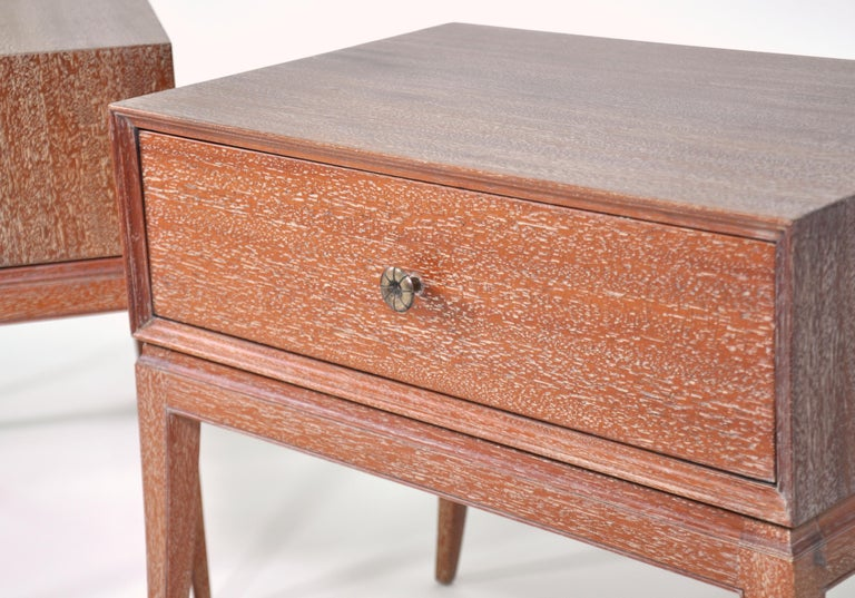 Mid-20th Century Pair of Tommi Parzinger Cerused Nightstands or Side Tables For Sale