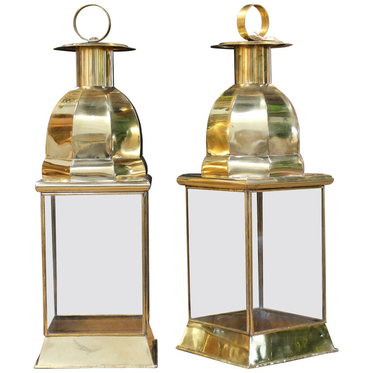 Pair of Traditional Spanish Rectangular Brass Lamps with Glass For Sale