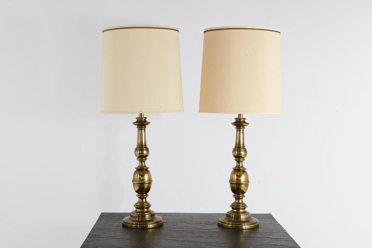 Mid-Century Modern Pair of Traditional Stiffel Brass Table Lamps with Original Shades, 1950s-1960s For Sale