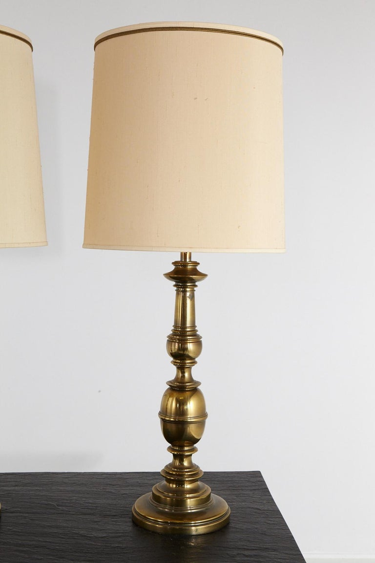 American Pair of Traditional Stiffel Brass Table Lamps with Original Shades, 1950s-1960s For Sale