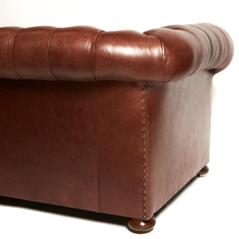 Pair of Traditionally Designed Large Chesterfield Leather Sofas For Sale 1
