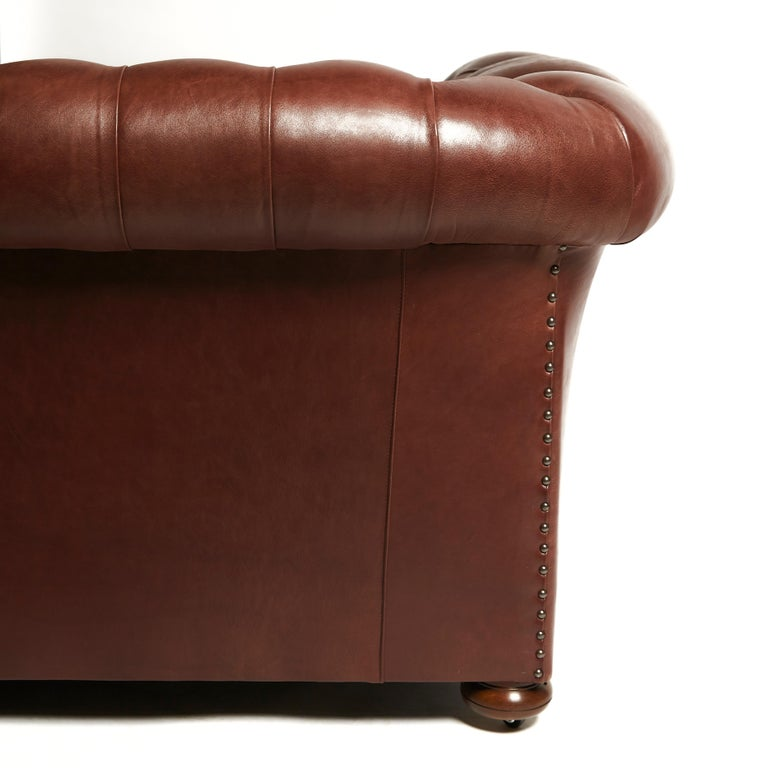 Pair of Traditionally Designed Large Chesterfield Leather Sofas For Sale 2