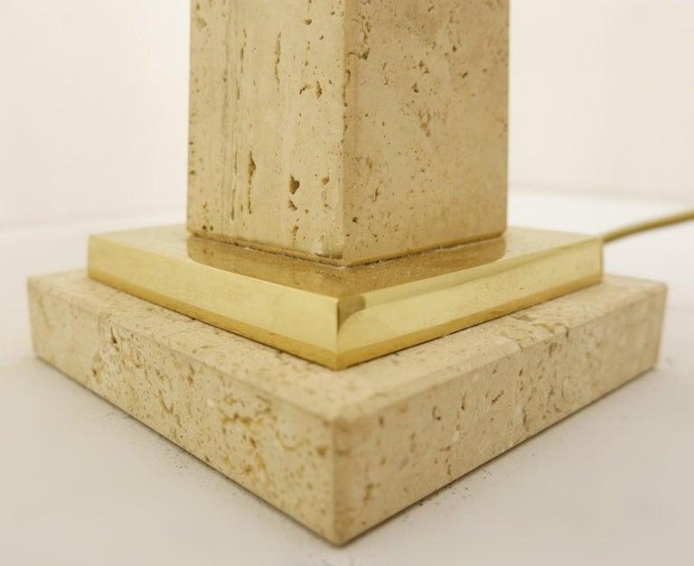Pair of Mid-Century Modern Travertine Obelisk Table Lamps For Sale 2