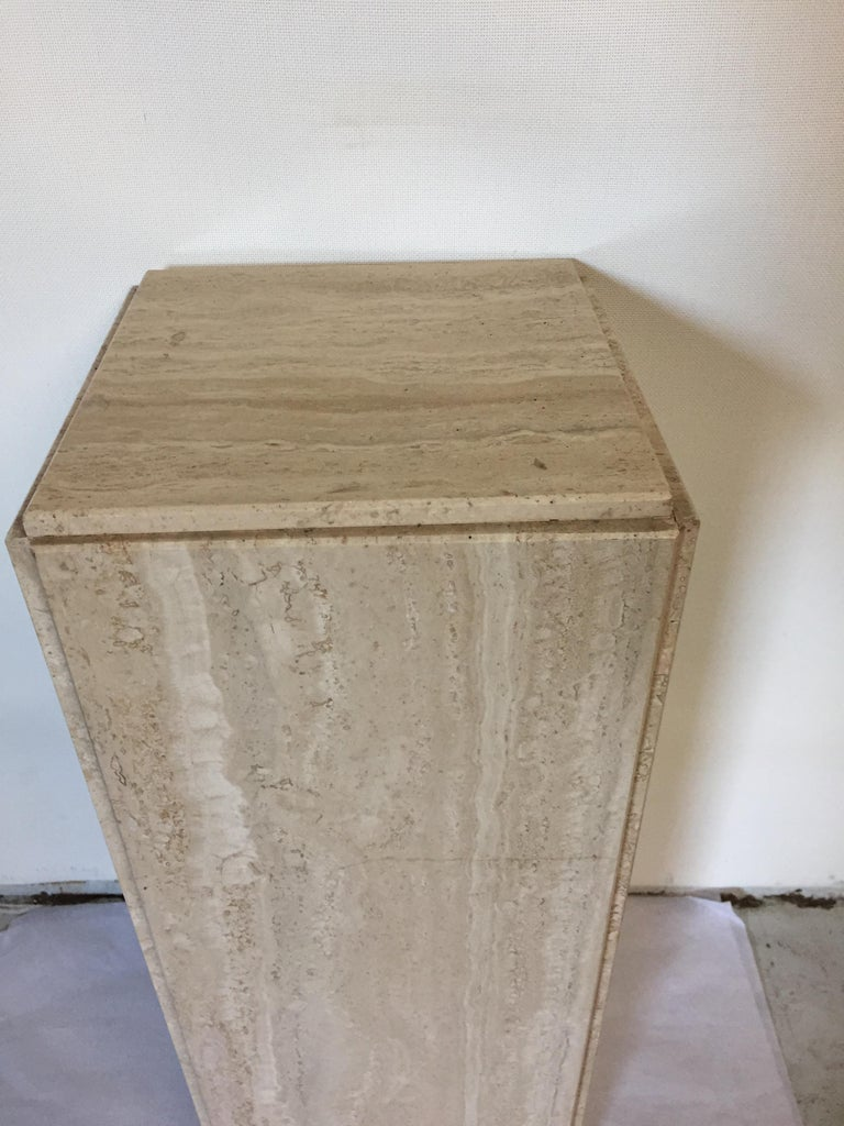 Late 20th Century Pair of Travertine Pedestals For Sale