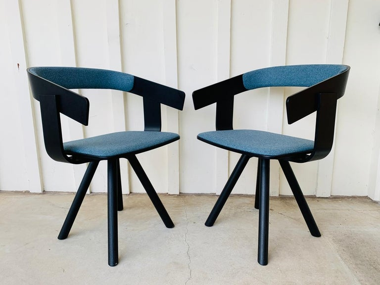 Pair of Trestle Base Chairs by Alain Gilles Buzzi Space-Buzzi Float For Sale 4