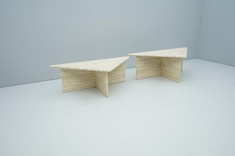 Mid-Century Modern Pair of Triangular Travertine Side or Coffee Table, Italy, 1970s For Sale