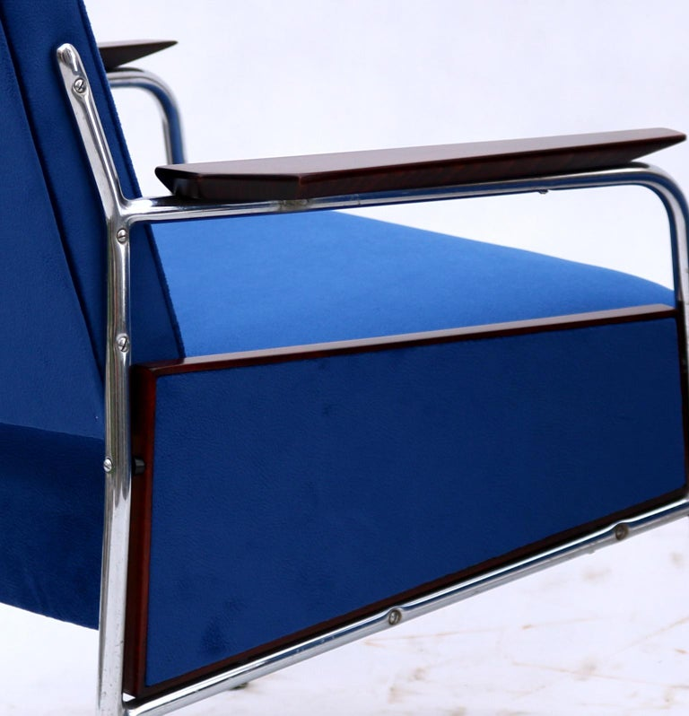 Pair of Art Deco Tubular Steel  Armchairs , New Upholstery, circa 1930 For Sale 1