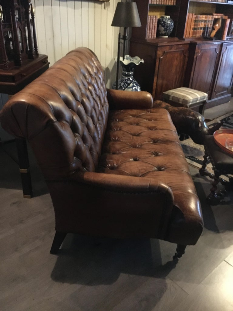 Single Tufted English Library Settees in Antiqued Leather. Great color, patina. In Excellent Condition For Sale In Buchanan, MI