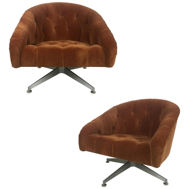Pair of Tufted Swivel Chairs by Ward Bennet for Lehigh Leopold For Sale