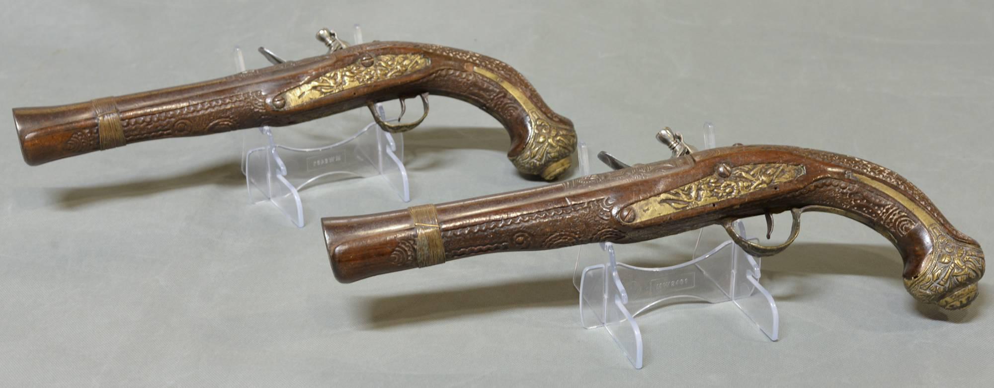 Antique Pistols - 16 For Sale on 1stdibs