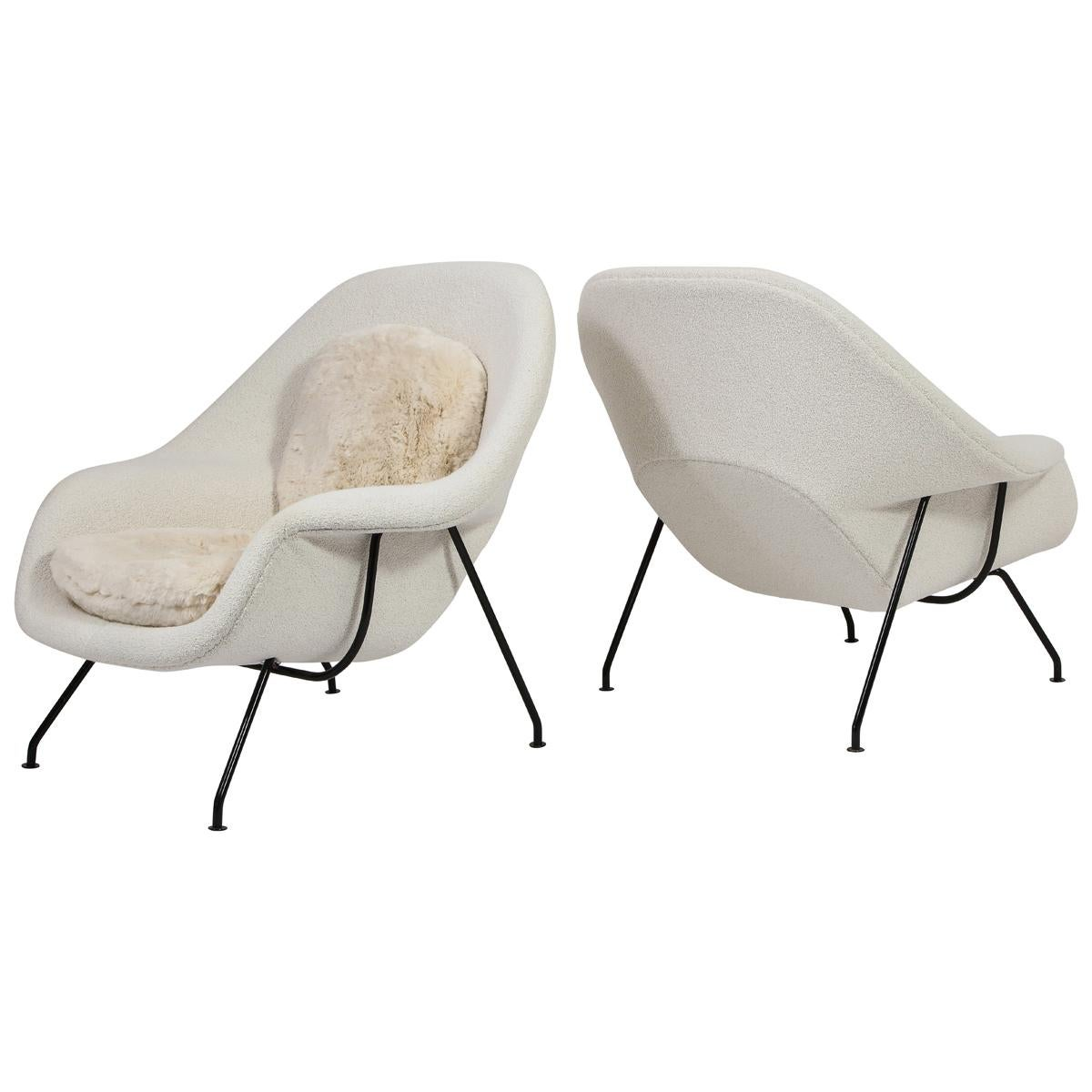 Pair of Two-Tone Womb Chairs with Ottomans by Eero Saarinen for Knoll, USA, 1955