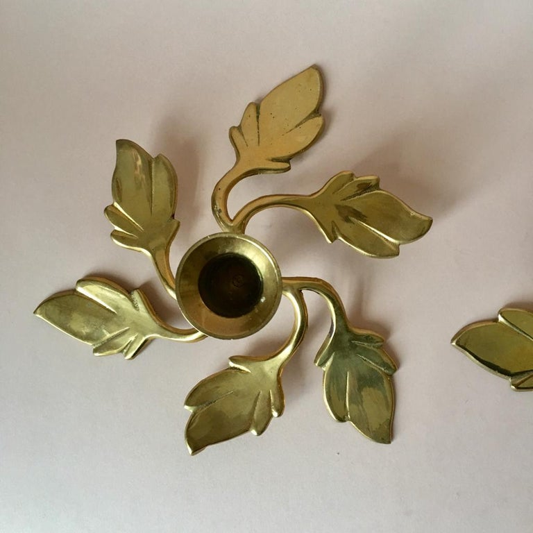 Pair of Two Vintage Swedish Brass Leaves Candleholders, 1970s In Good Condition For Sale In Riga, Latvia