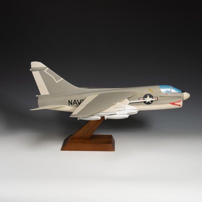Pair of United States Military A-7 Corsairs Model Aircrafts, circa 1970 For Sale 6