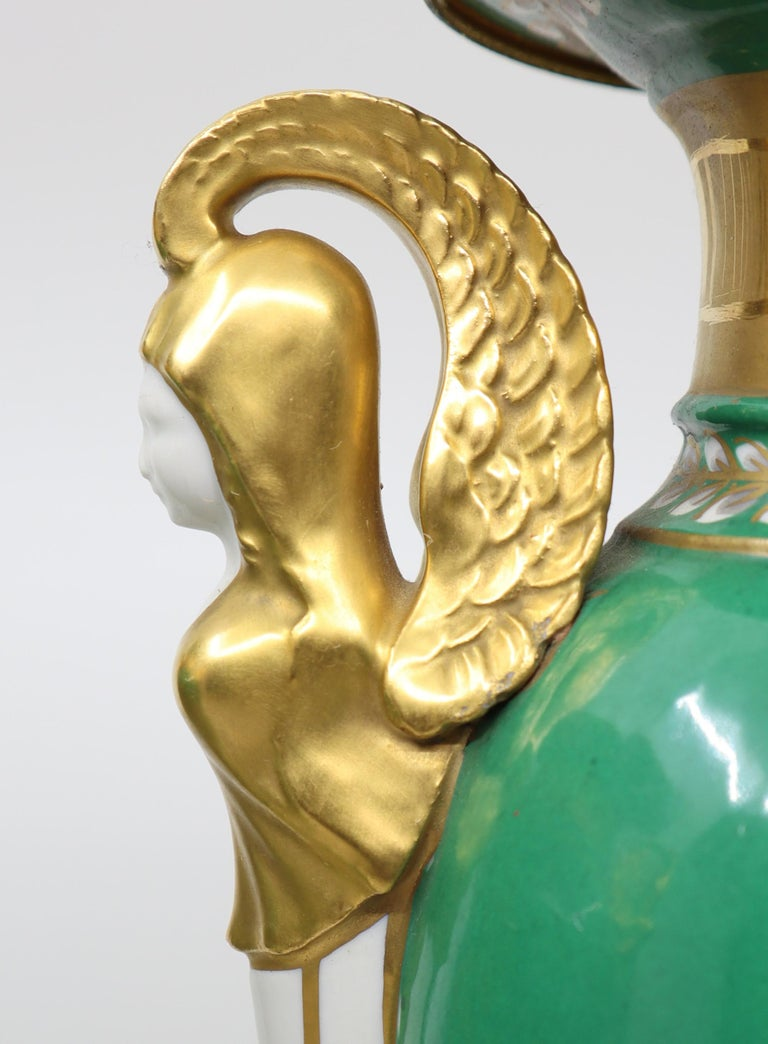 Pair of Vases, Empire Style 19th Century Paris In Good Condition For Sale In Katwijk aan Zee, NL