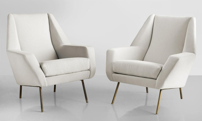 Pair of velvet armchairs by Lenzi, Italy, circa 1950.