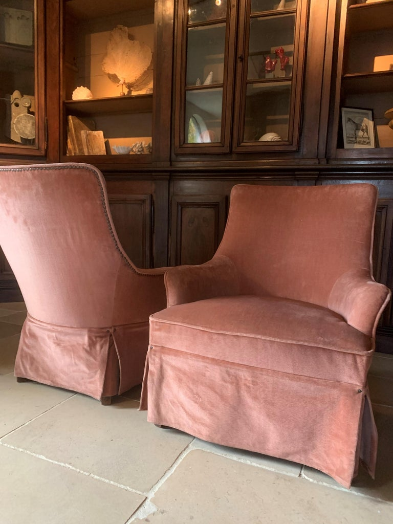 20th Century Pair of Velvet Midcentury Lounge Chairs For Sale