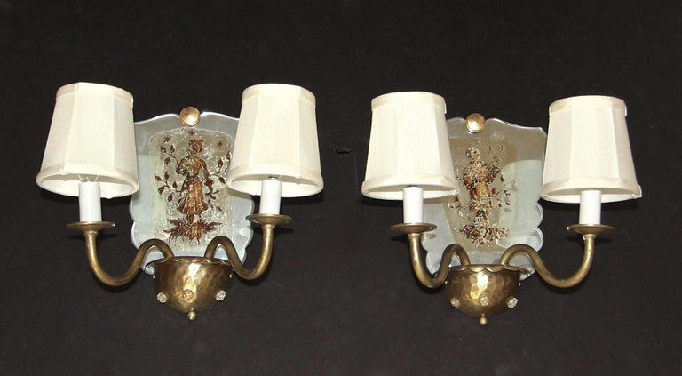 Pair of Venetian Italian Mirrored Wall Light Sconces In Good Condition For Sale In Palm Springs, CA