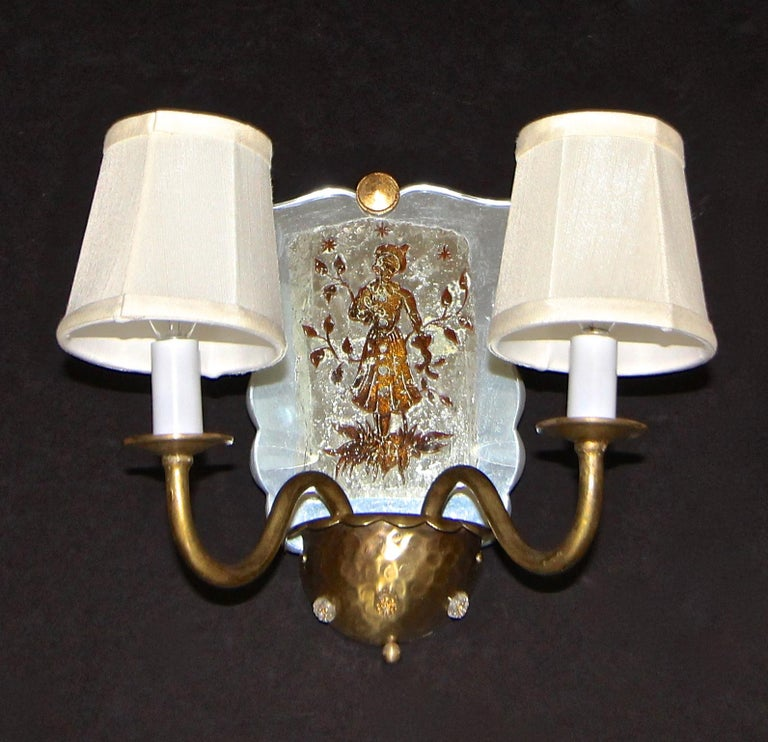 Glass Pair of Venetian Italian Mirrored Wall Light Sconces For Sale