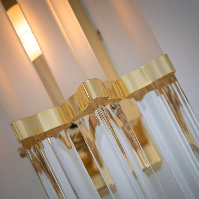 Mid-Century Modern 1 of the 2 Pairs of Venini Style Murano Glass and Brass Sconces, Italy For Sale