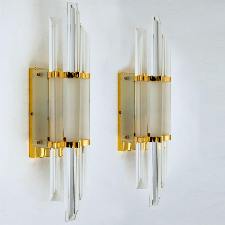 Late 20th Century 1 of the 2 Pairs of Venini Style Murano Glass and Brass Sconces, Italy For Sale