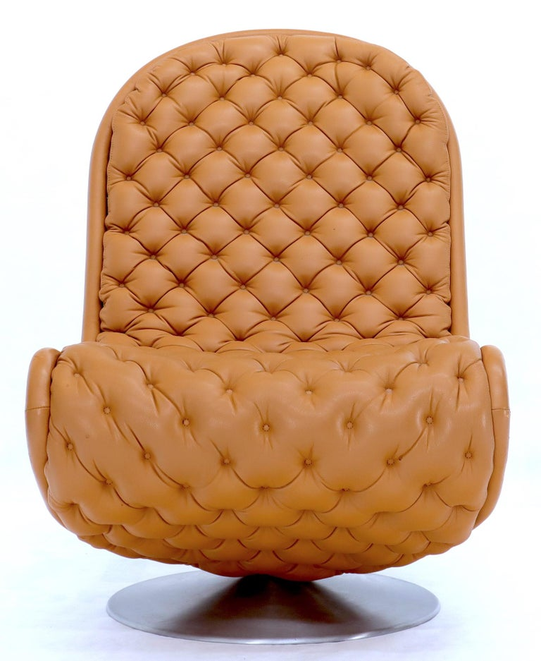 Pair of Verner Panton Tan Tufted Leather 123 Lounge Chairs For Sale 4