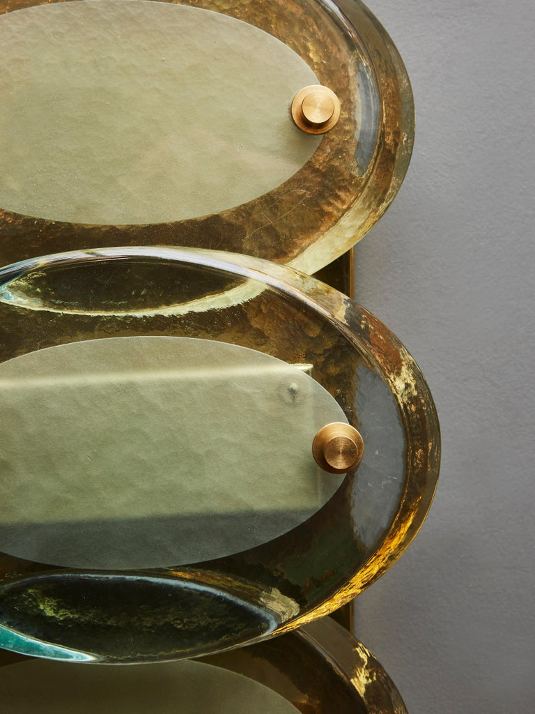 Pair of Vertical Wall Sconces in Brass with Murano Glass Lenses In Good Condition For Sale In Saint-Ouen, IDF
