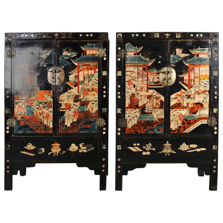 Pair of Very Unusual and Rare 18th Century Chinese Qing Dynasty Cabinets For Sale