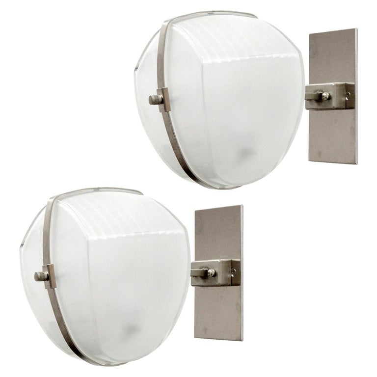 Pair of Vico Magistretti 'Omicron' Wall Lights, 1960 For Sale