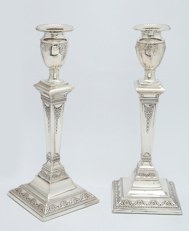 English Pair of Victorian Adam-Style Sterling Silver Candlesticks For Sale