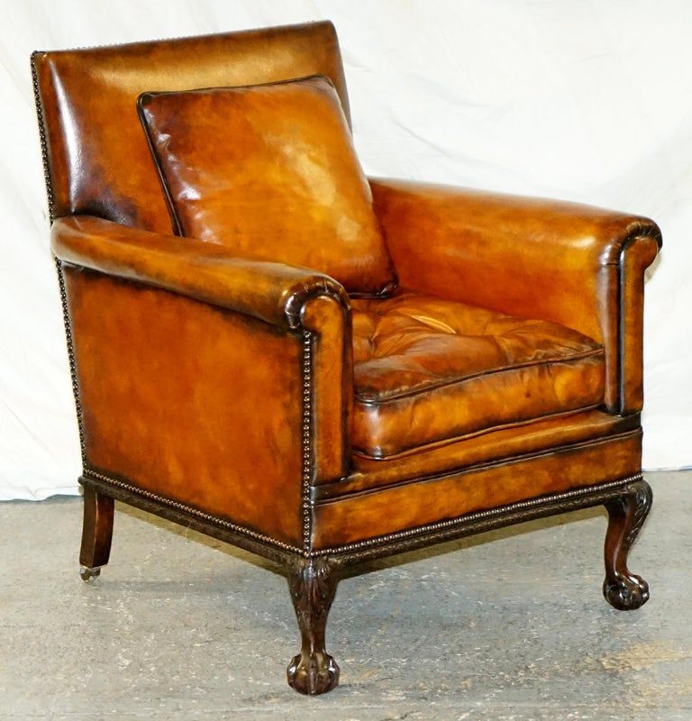 Pair of Victorian Club Armchairs Claw and Ball Feet Brown Leather Full Restored For Sale 10