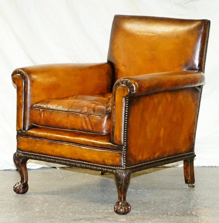 Pair of Victorian Club Armchairs Claw and Ball Feet Brown Leather Full Restored In Good Condition For Sale In London, GB