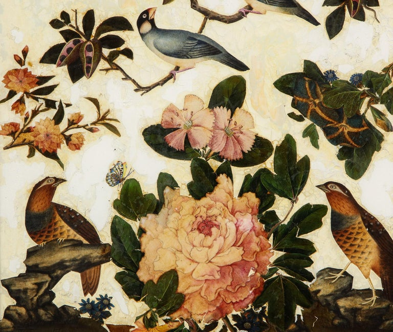 English Pair of Victorian Verre Églomisé Paintings of Birds For Sale