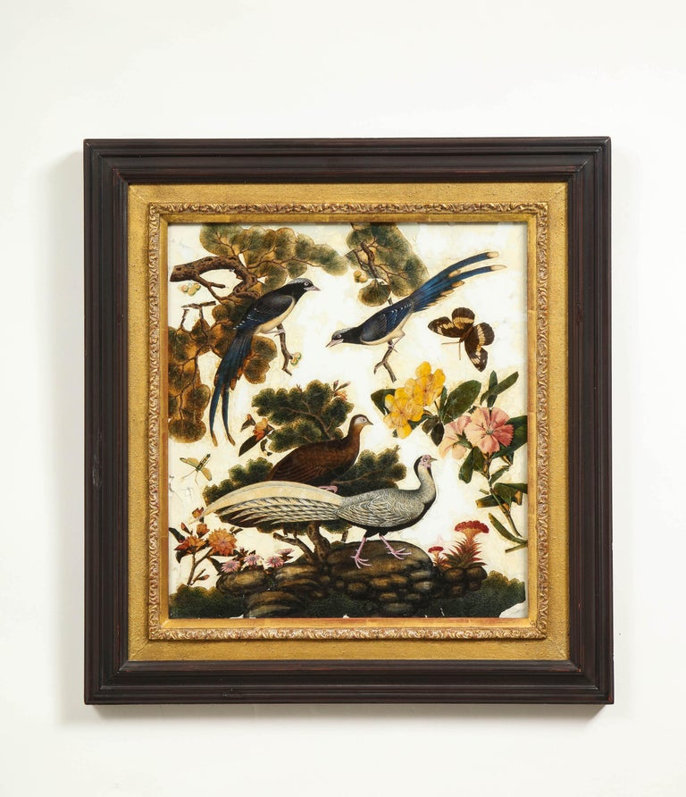 Hand-Painted Pair of Victorian Verre Églomisé Paintings of Birds For Sale