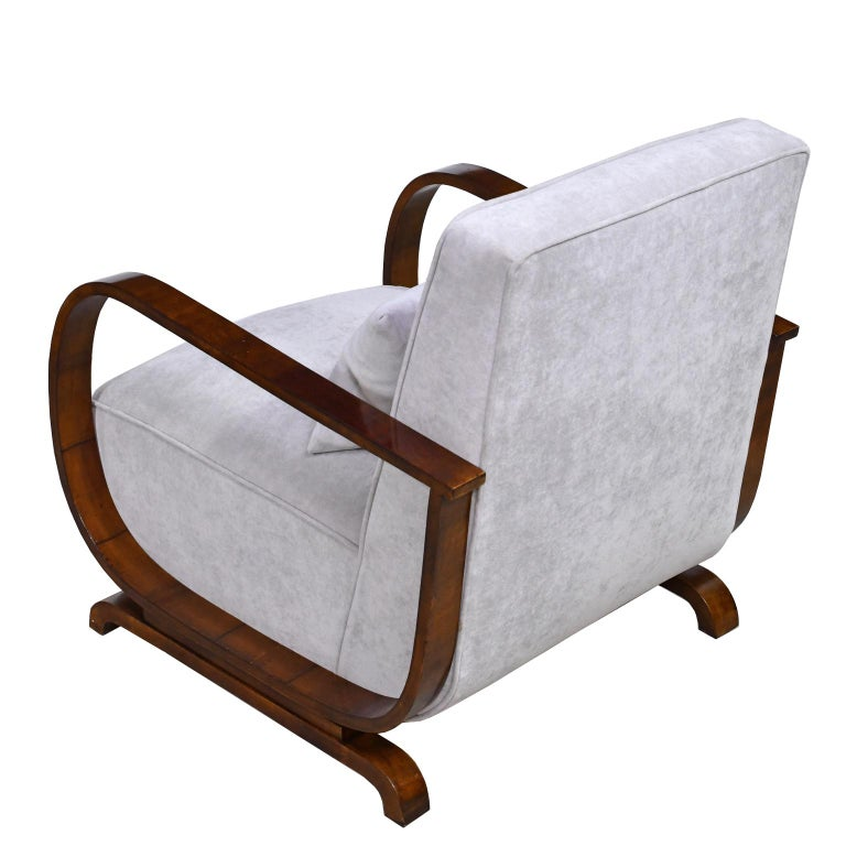 Pair of Viennese Art Deco Armchairs in Walnut with Grey Upholstery, Austria For Sale 1