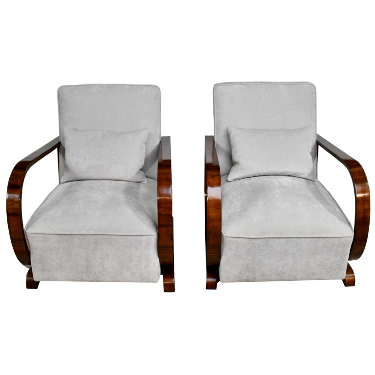 Pair of Viennese Art Deco Armchairs in Walnut with Grey Upholstery, Austria For Sale