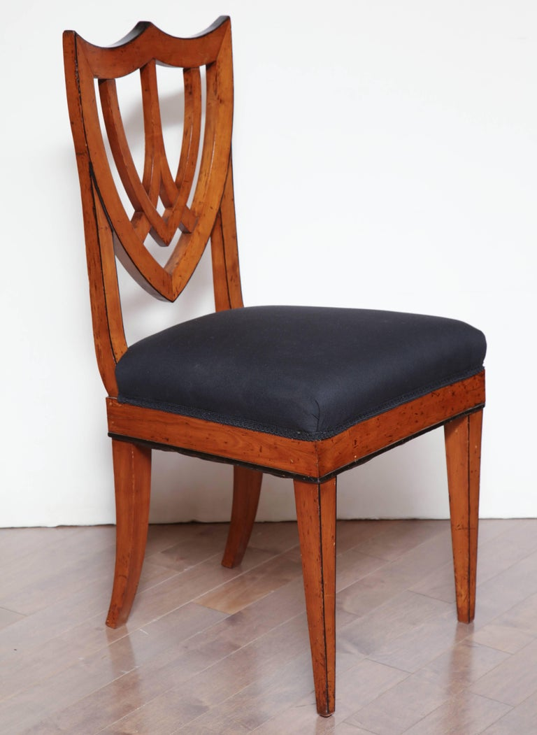 Pair of Viennese Side Chairs, circa 1830 For Sale 3