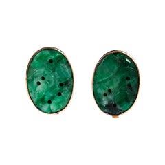 Pair of Vintage 14 Karat Yellow Gold Carved Jadeite Jade Clip-On Earrings