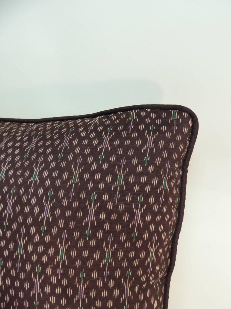 Tribal Pair of Vintage Asian Silk Brown and Gold Ikat Decorative Pillows For Sale