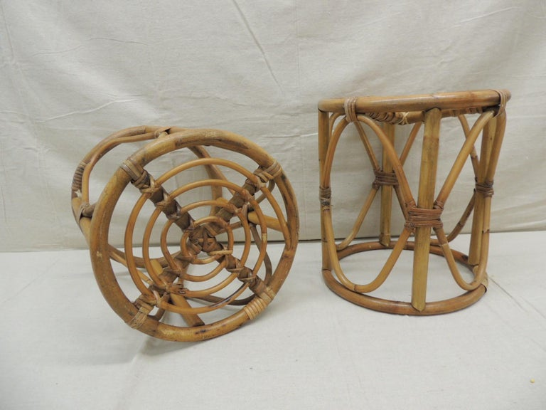 Pair of Vintage Bamboo and Rattan Round Stools or Side Tables In Good Condition For Sale In Wilton Manors, FL