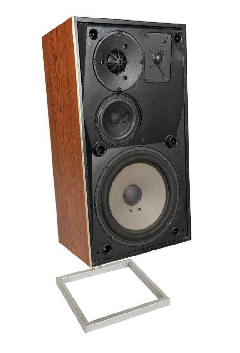 Pair Of Vintage Bang And Olufsen Beovox S75 Speakers For