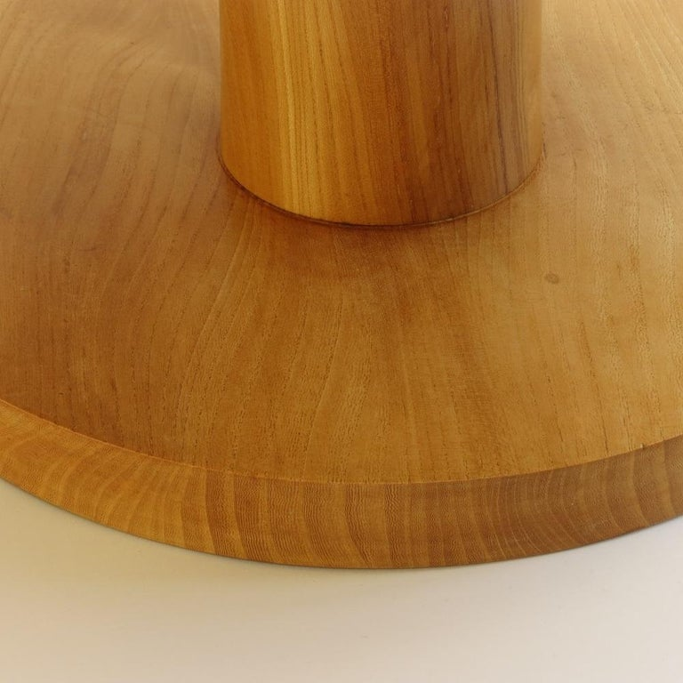 Hand-Crafted Pair of Vintage Bespoke Handmade Low Round Elm Side Tables For Sale