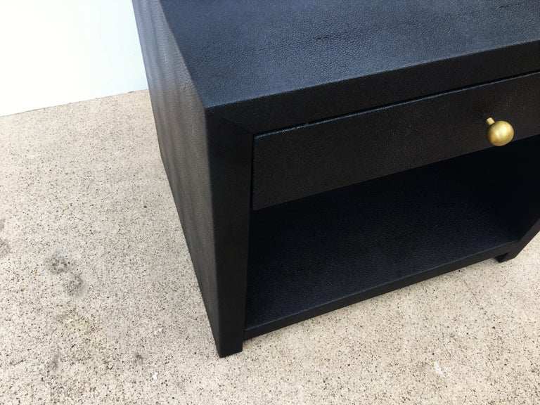 Late 20th Century Pair of Vintage Black Shagreen Nightstands/Side Tables For Sale
