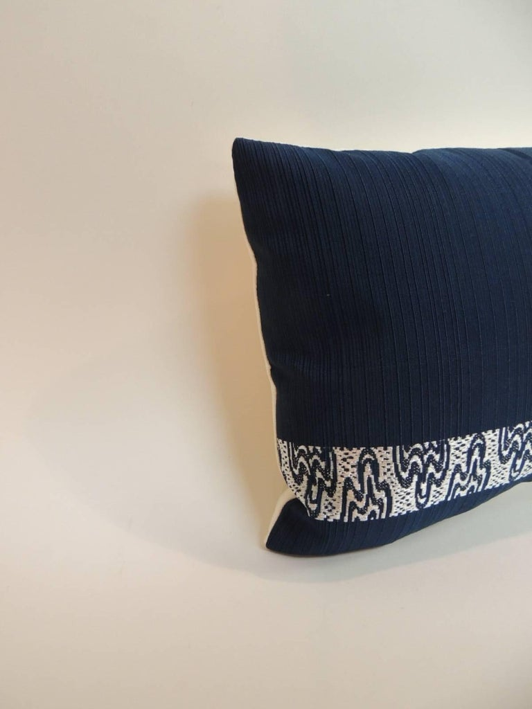 Japonisme Pair of Vintage Blue and Silver Woven Obi Textiles Lumbar Pillows For Sale