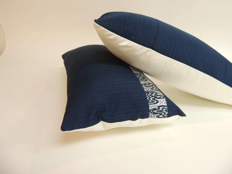 Japanese Pair of Vintage Blue and Silver Woven Obi Textiles Lumbar Pillows For Sale