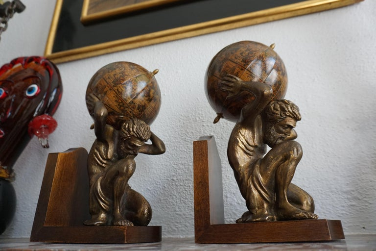 Pair of Vintage Bookends For Sale 3