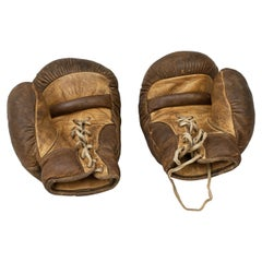 Pair of Vintage Boxing Gloves in Leather