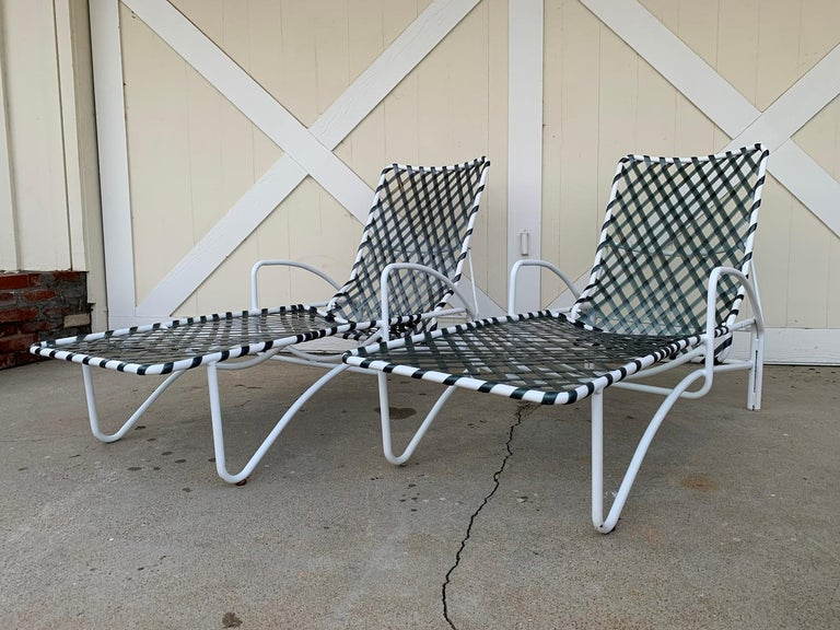 Mid-Century Modern Pair of Vintage Brown Jordan Lido Chaise Lounges with Vinyl Straps For Sale