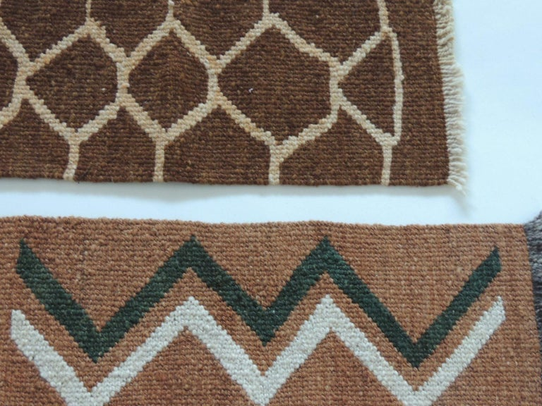 Vintage camel and brown woven rug samples. Woven abstract pattern and fringes. Ideal to frame or make them in to pillows. Sizes:  Top: 7.5