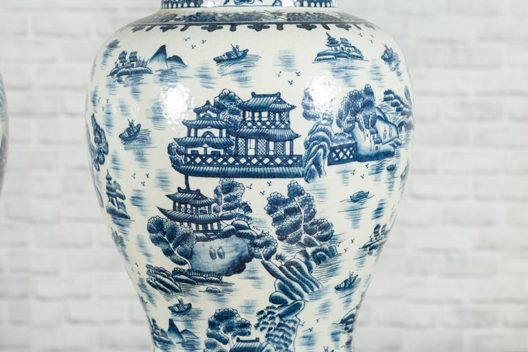 Pair of Vintage Chinese Blue and white Porcelain Temple Jars with Architectures For Sale 7